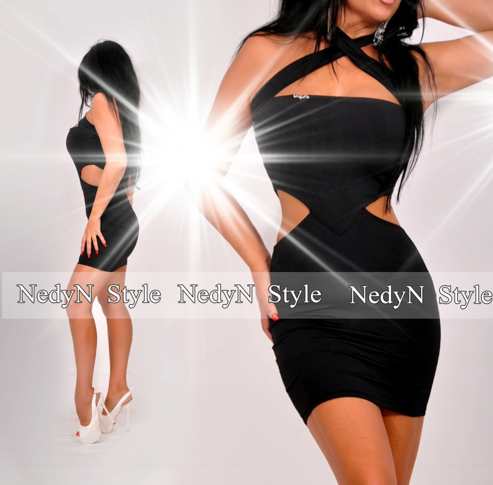 6e5c12c081c2 NedyN oldalán nyitott fekete mini ruha - NedyN női ruha webshop ...